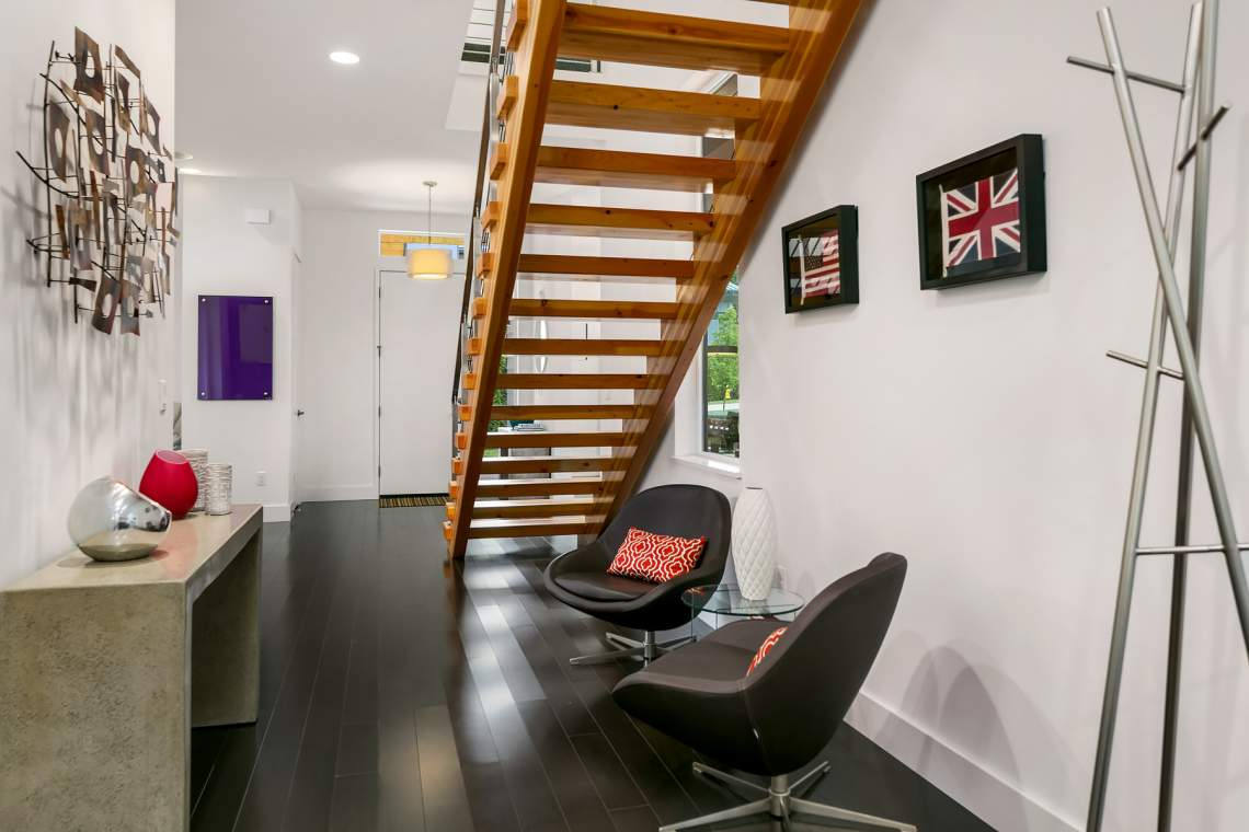 Sitting area and open staircase